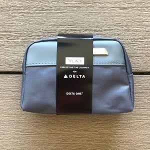 Tumi/Delta First Class Travel Kit
